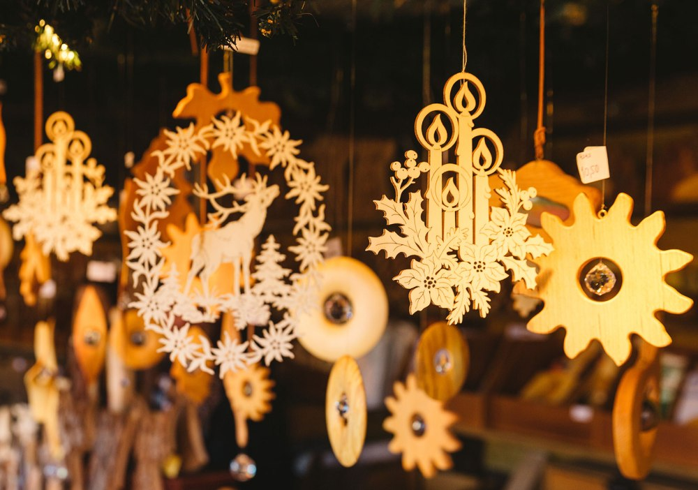 Christmas-market-decorations.jpg